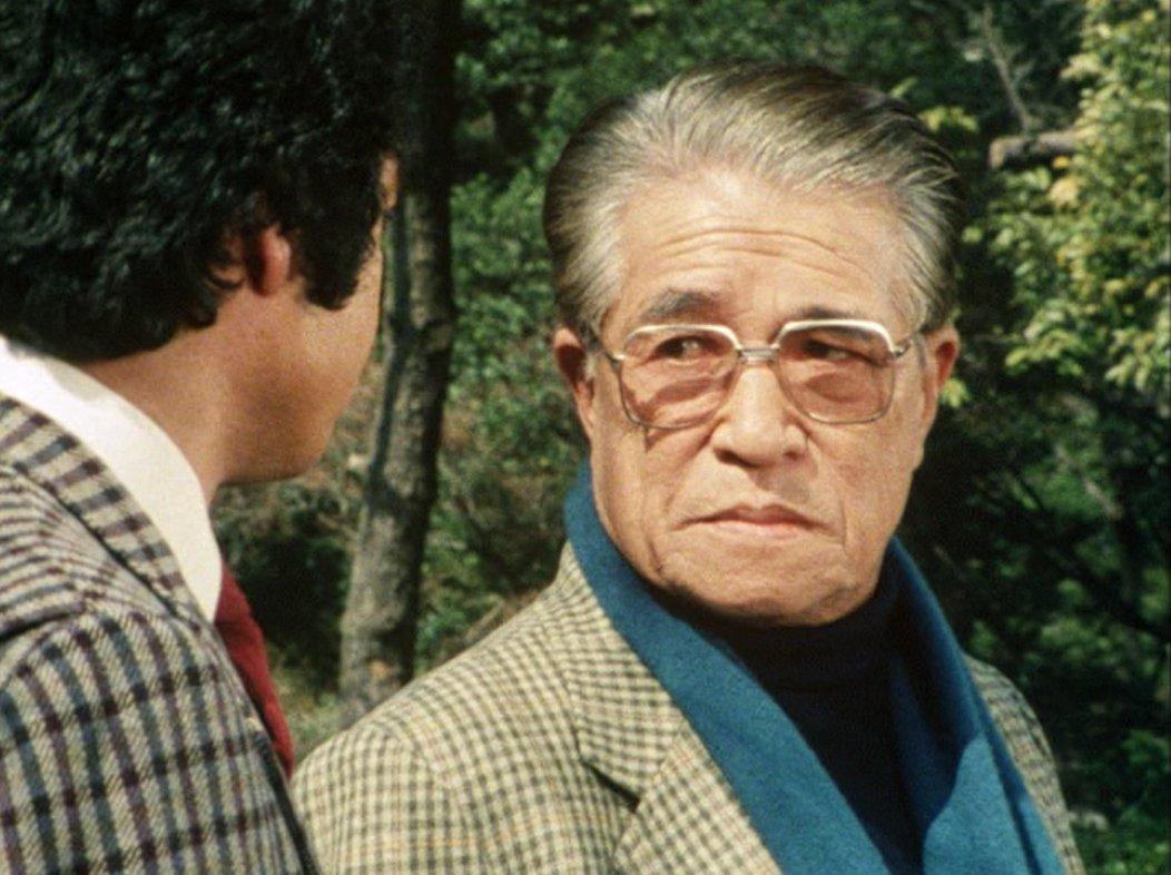 """hinako on Twitter: """"『特捜最前線』最終話から父・桜井正規と三男・哲夫の2ショット。安部徹さまの美声で「季節の変わり目だから風邪などひかないようにな」なんて私も言われたい…藤岡さん身長180cmだから安部徹さまも背が高いんですね。… """""""