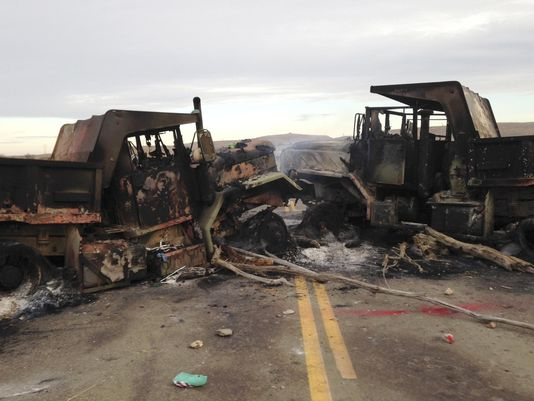 Oil pipeline protesters burn vehicles, set roadblock