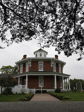 @mfeighan: Octagon houses provide 'a home for all'