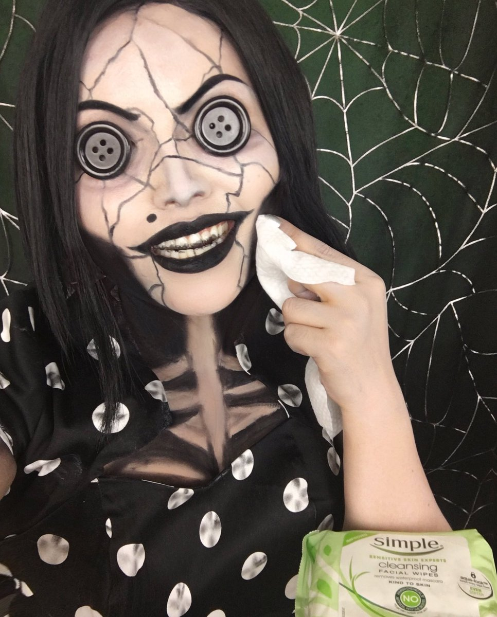 Promise P On Twitter I Teamed Up With Simpleskincare For A Halloween Tutorial See My Coraline S Other Mother Look And How Simple Helps Me Give Back To My Skin Https T Co Ounadxeiay