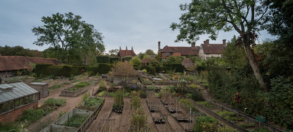 Perry Rodriguez On Twitter Great Dixter Nursery Started By