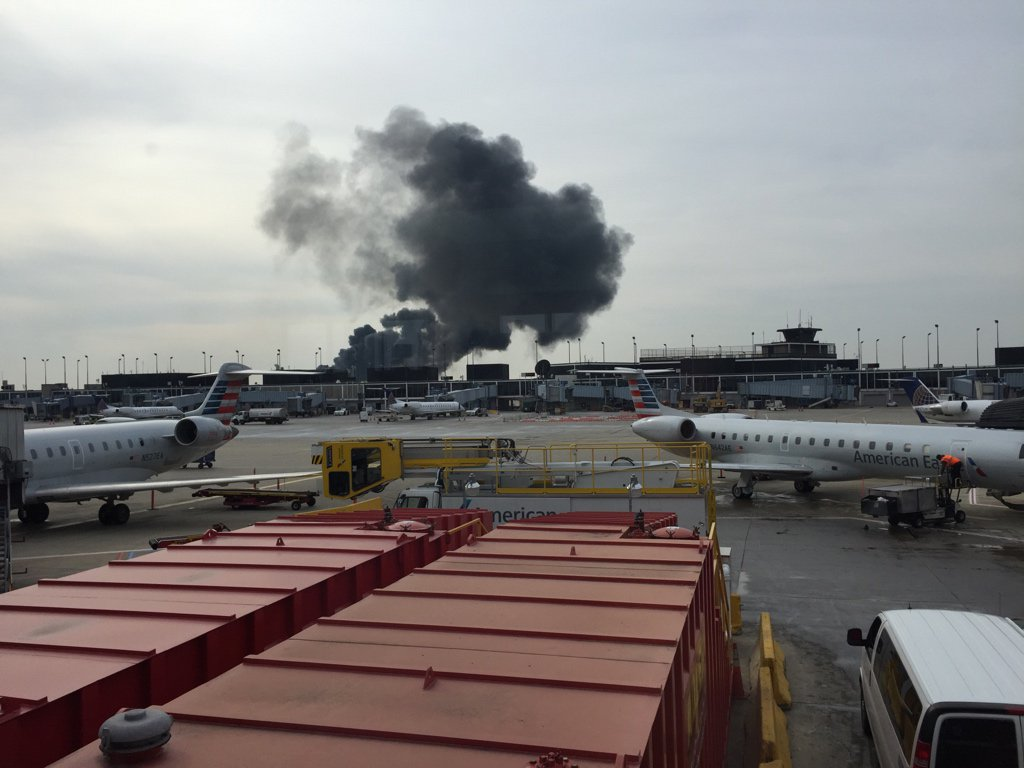 Something is burning at Ohare and it doesn't look like they're getting it under control https://t.co/VDATsP026h