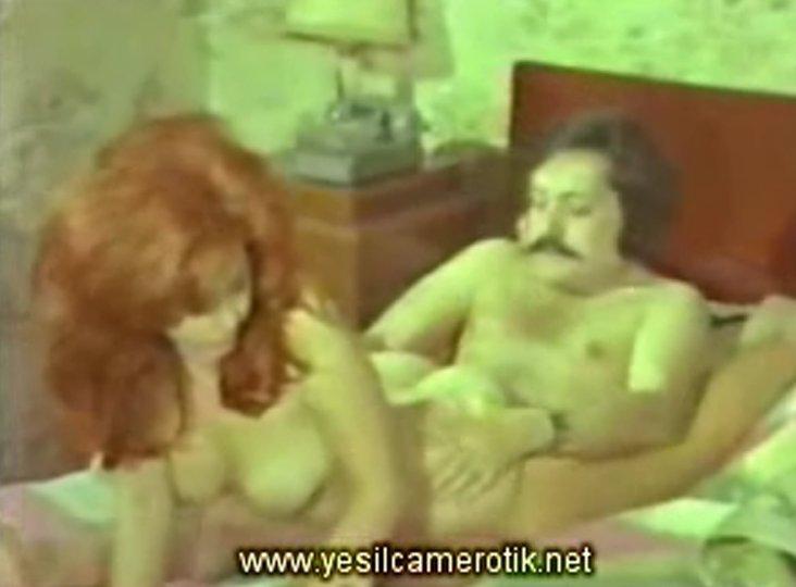 Yeşilçam samanlıkta tecavüz  Porno izle Türk sikiş izle