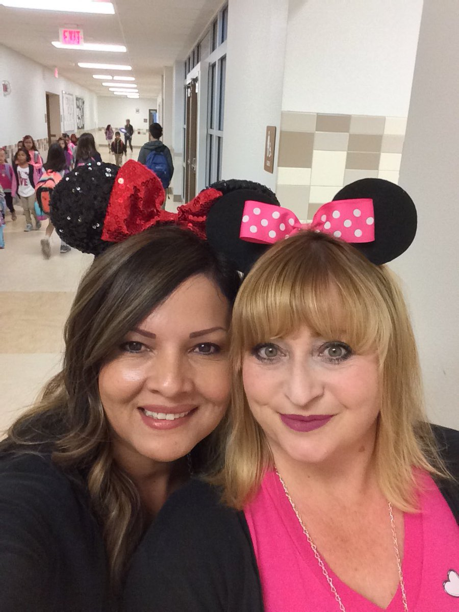 #jpbcoyotes Too much character to use drugs #RRW #Butlerishappiestplaceonearth #amazingteacher #futurecounselor  <br>http://pic.twitter.com/LDqMRD44c0