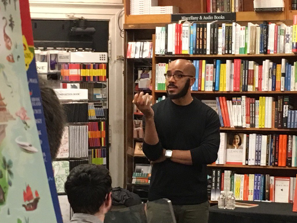 """""""I think it is essential that we be committed to empathy."""" -@ClintSmithIII at @HarvardBooks https://t.co/qQSopFu5eB"""