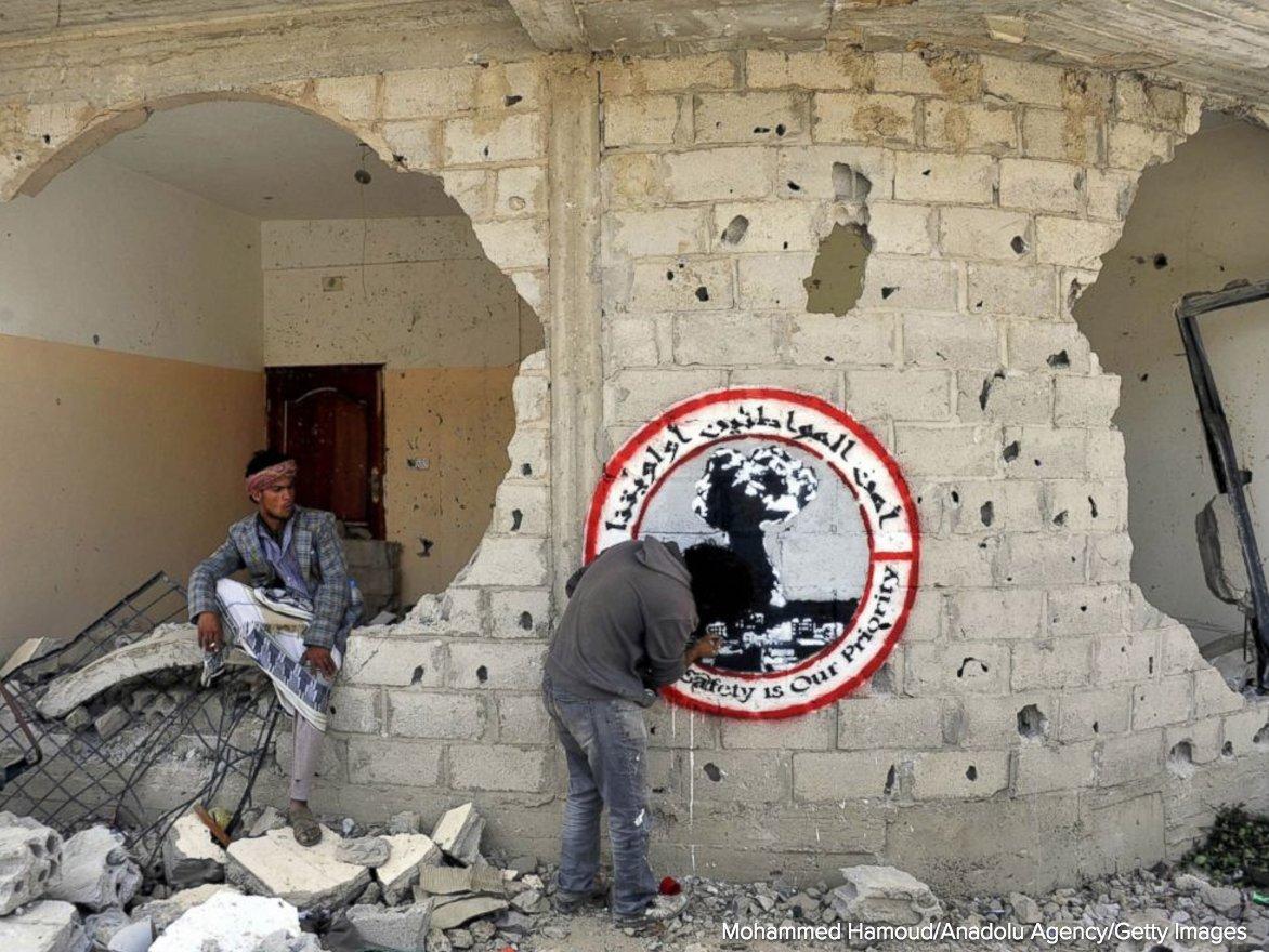 Graffiti artist portrays the horrors of war in yemen through art theres hunger