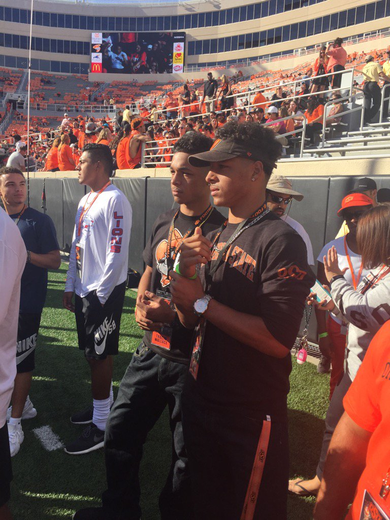 @TracinWallace @OfficialTylan2 getting ready for a great OSU Homecoming game!