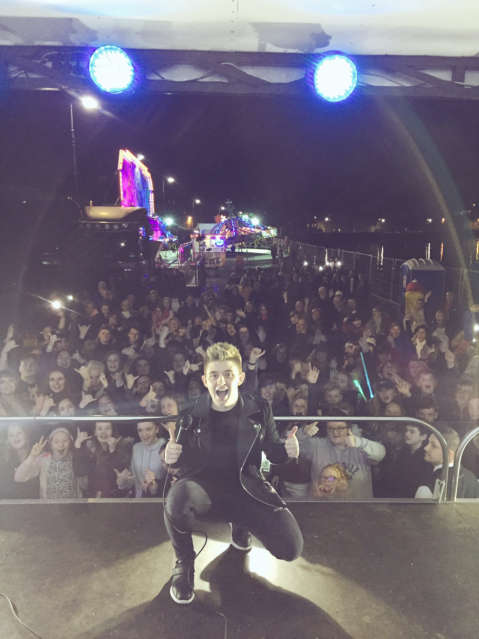 Thanks again to Rock the Prom for having me back again .. another amazing show .. see you all soon 😁 https://t.co/fAiE62YI2h