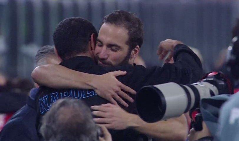 """Juve-Napoli 2-1 Sarri: """"Voglio bene a Higuain. Insigne deve stare zitto""""."""