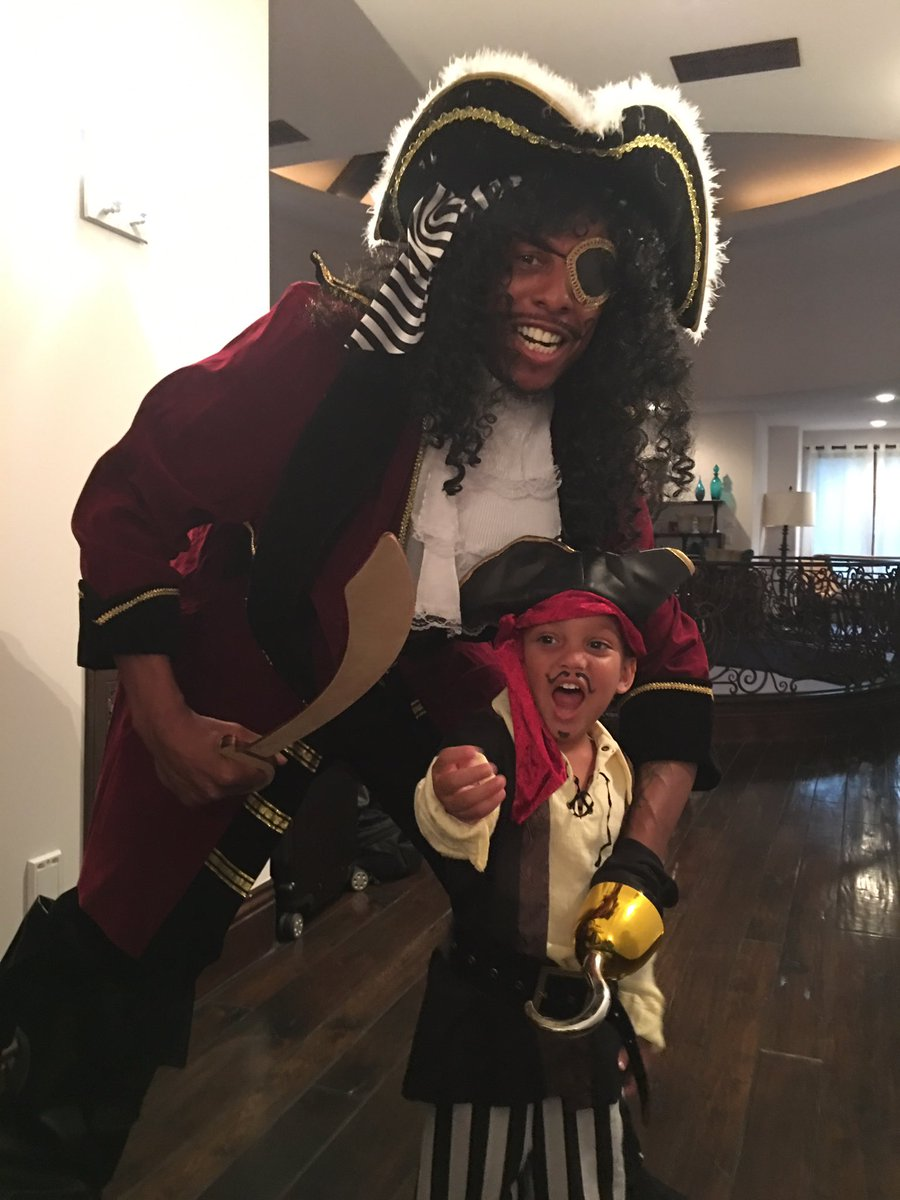 paul pierce on twitter show me the costumes yall httpstcos6me6rhltl - Paul Pierce Halloween