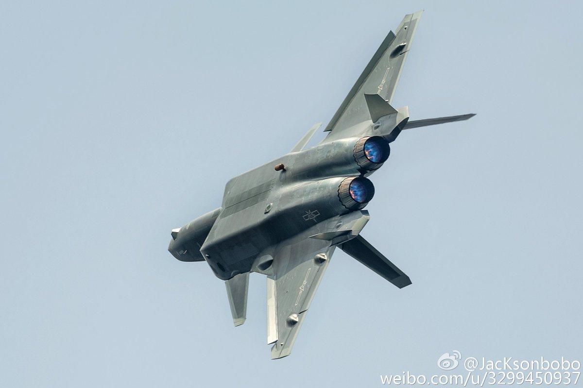 Chengdu J-20 Stealth Fighter - Page 5 CvA1i0OUkAAAQJ8