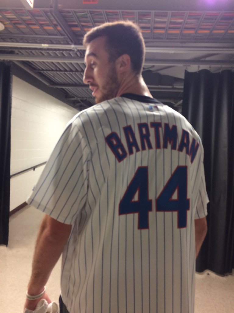 "Diehard White Sox fan Frank Kaminsky wore this pregame. ""It's my stance on how I feel about the Cubs this year."" https://t.co/c1RwlotDXP"