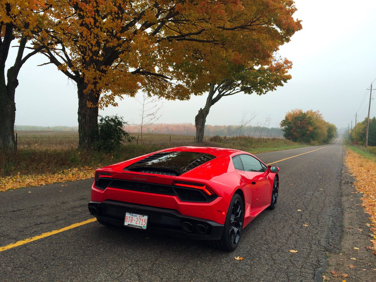 Happiness is: a glorious, winding country road. @autoTRADER_ca @Lamborghini @lukevandezande https://t.co/jM3fkT2HTy