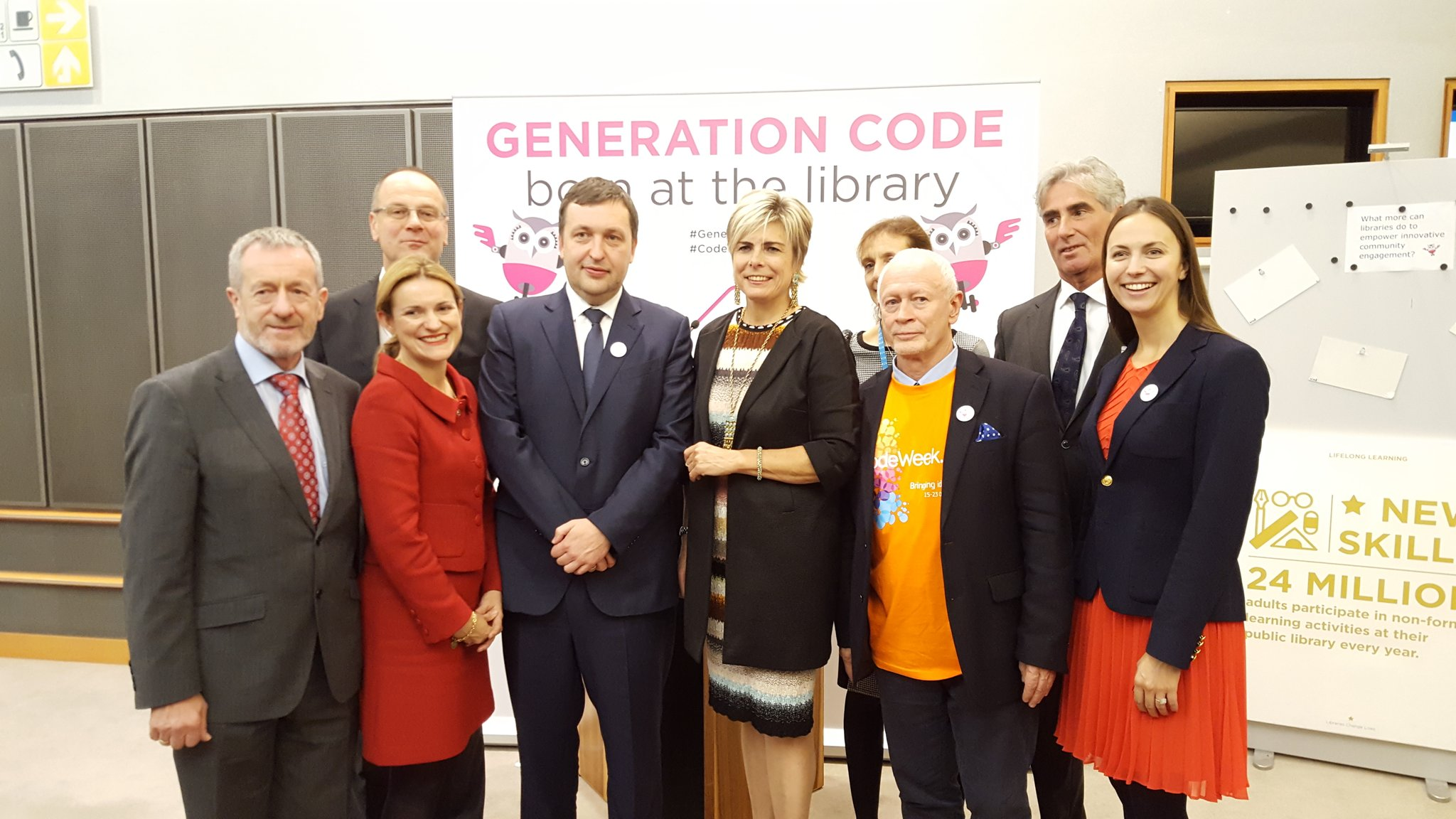 Excellent opening of the Generation Code exhibition w/ Princess Laurentien & colleagues. Happy to be hosting EU makers at EP. #CodeEU https://t.co/fAFCNN0g27