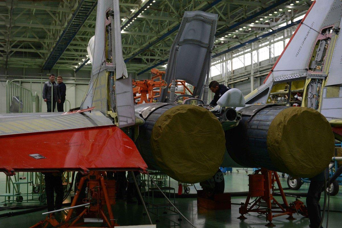 المقاتله الروسيه MiG-35  متعددة المهام  CvEODpNWYAAI7Iu