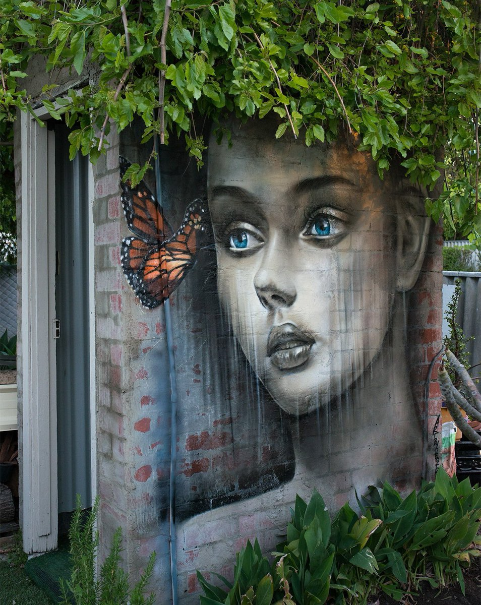 Street art on twitter street art meets nature artist for Artiste nature