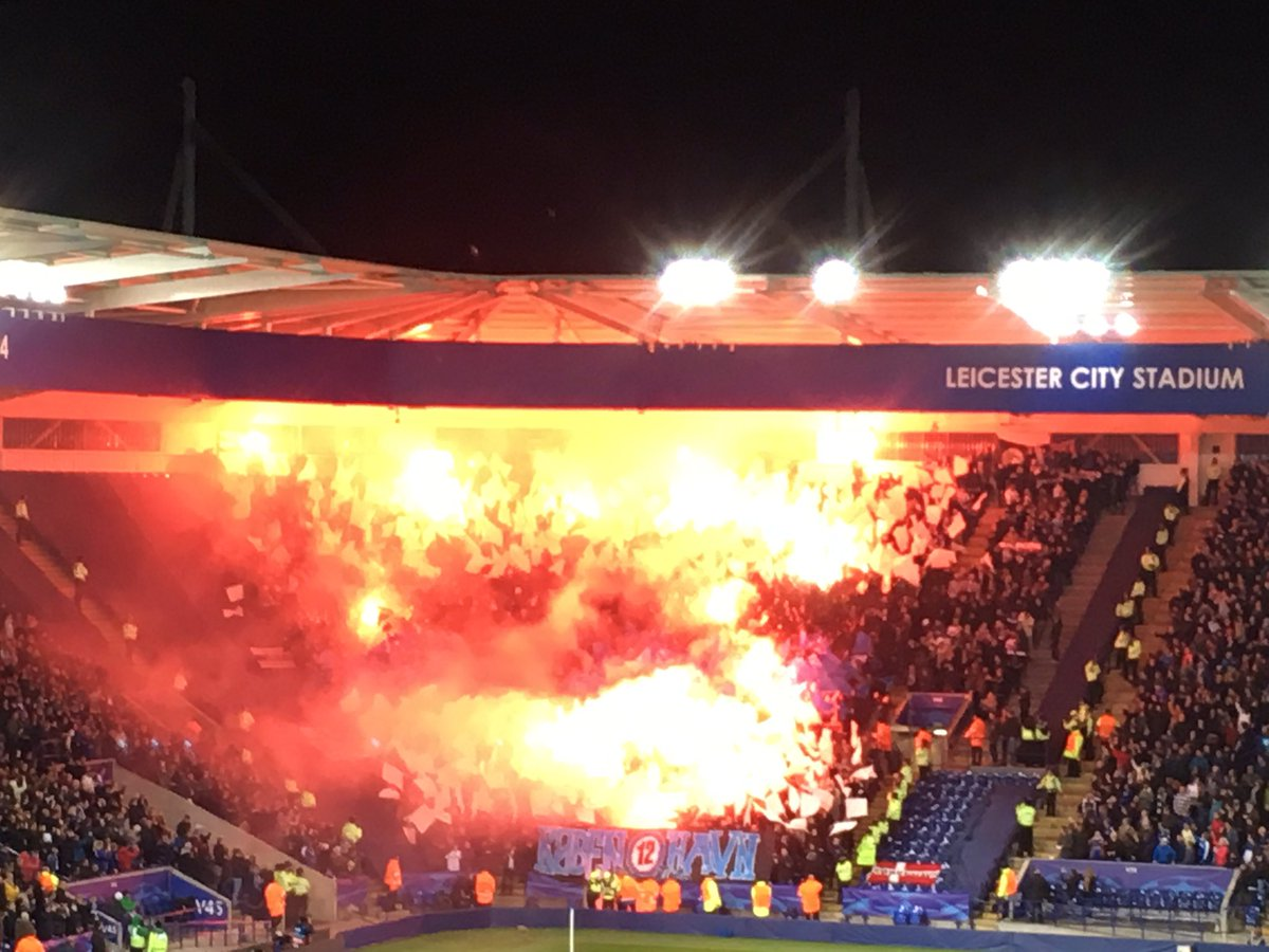 It looks like the stand is on fire but it's not. Copenhagen flares at the King Power. https://t.co/ns63ndncox