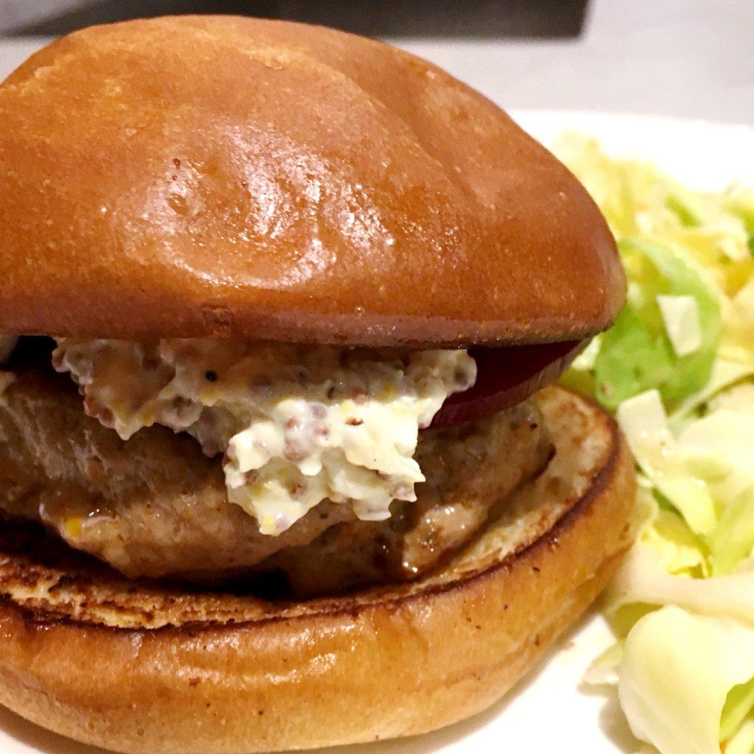 Blue apron pork burgers - Matt Salzberg On Twitter Spiced Pork Burgers With Pickled Beets Cone Cabbage Slaw Blueapron Https T Co Cz8pcparjr