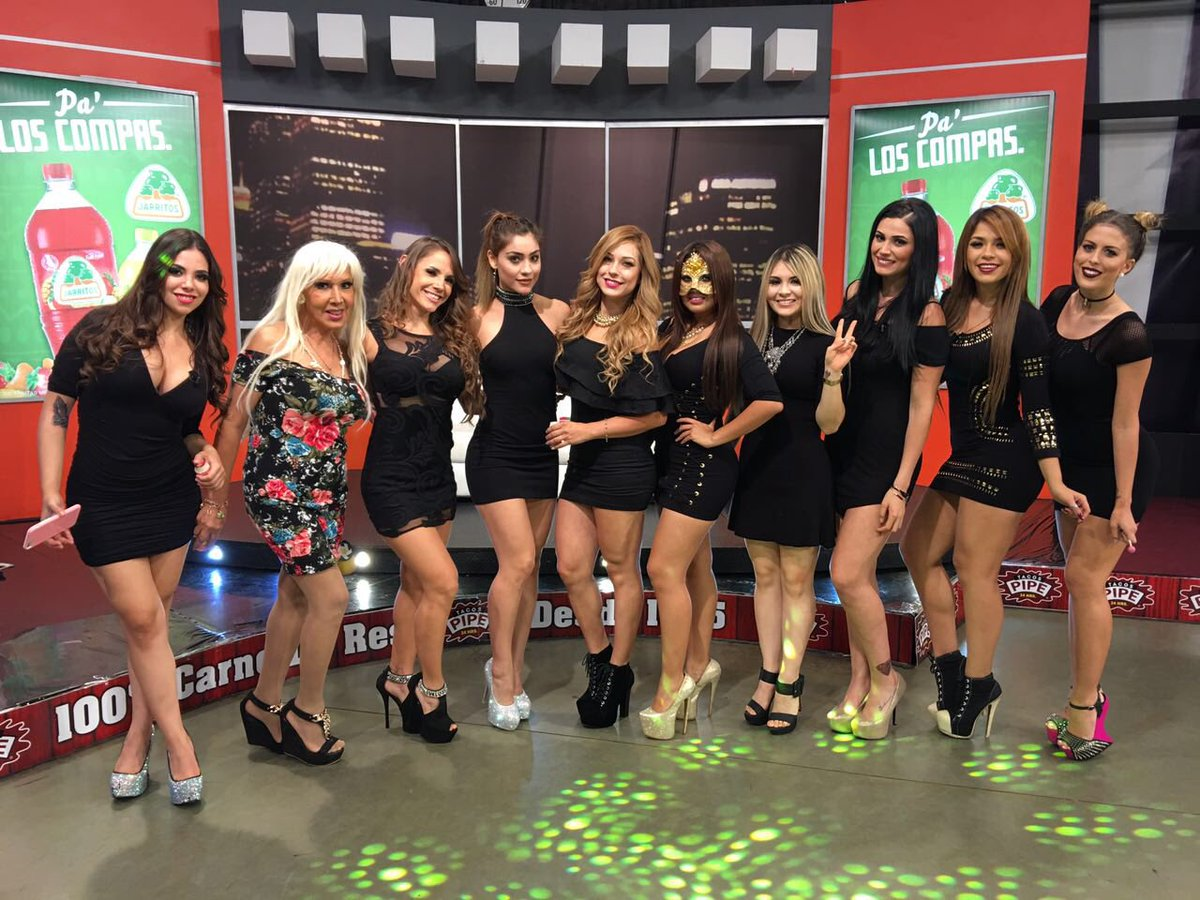 Multimedios tv on twitter ltima foto con las chicas de for Las noches del oceanografic 2016