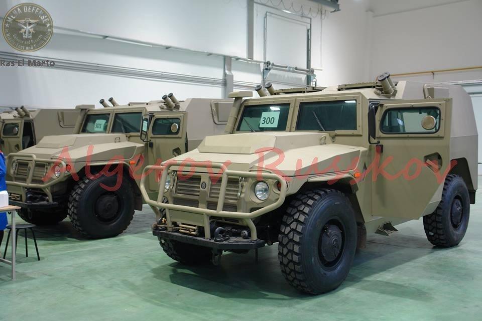 الجزائر تطلب صواريخ Kornet-EM محموله على شاسيه عربه Tiger  CvH_T5YWIAA6ayJ