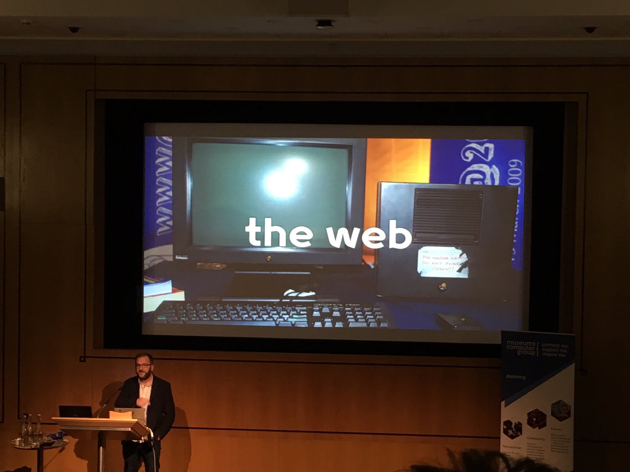 'It used to be that the only way to get into a library/archive was to be a rich, dead male...then suddenly, THE WEB.' #musetech16 https://t.co/ubfbE5dT57