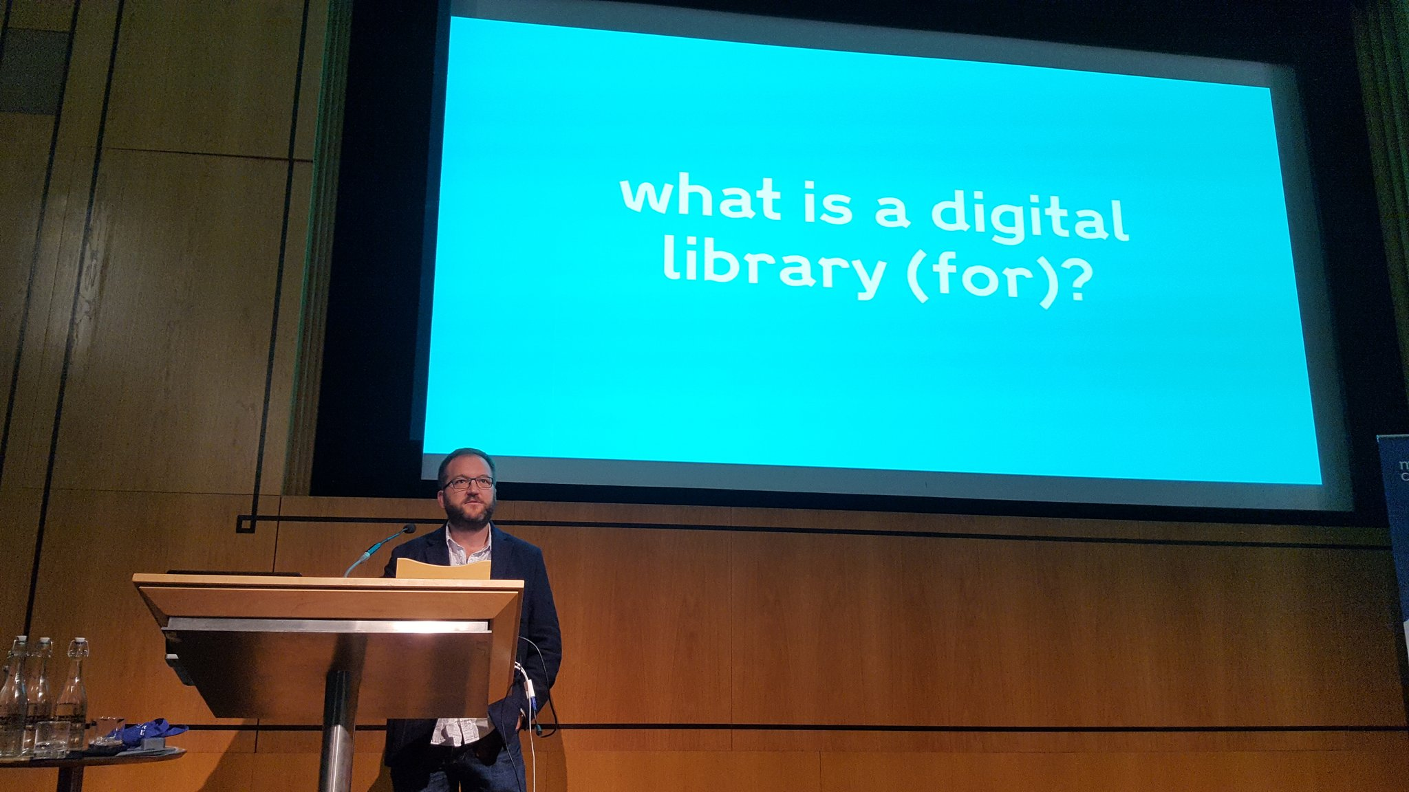 Musing what is a digital library w/ @derivadow #musetech16 https://t.co/V60GnZrrMM