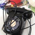 黒電話を分解したらとんでもないものが出てきた!