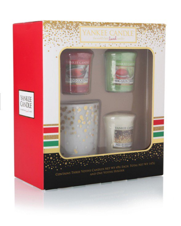 Yankee Candle Giveaway! Follow and retweet by midday on Wednesday 26th October https://t.co/FuMUSMSQf0