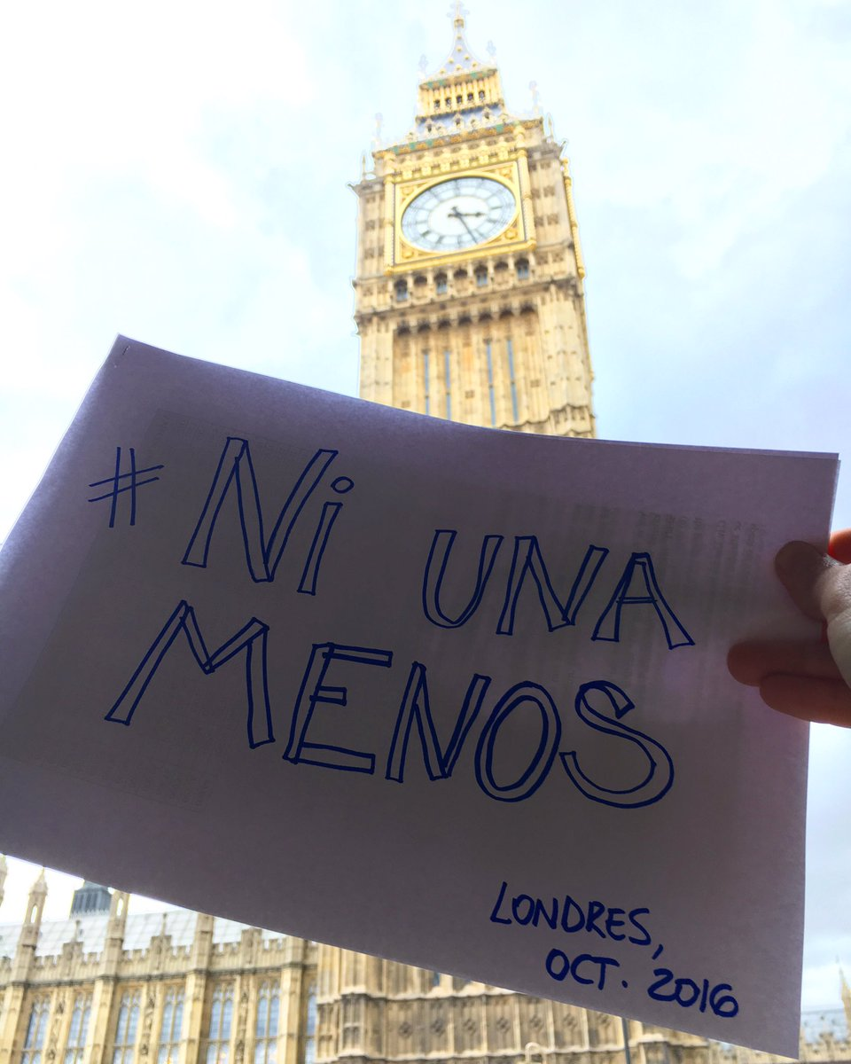 Women in UK in solidarity with sisters in #Argentina during strike - thanks @togrowing #MiercolesNegro #NiUnaMenos https://t.co/wOkNidLCed