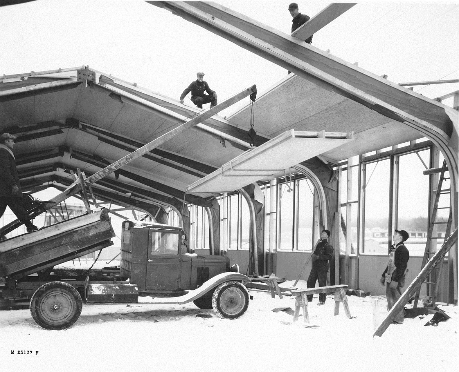 A2: We've studied engineered wood products for decades! #CLT and tall wood buildings were a natural progression. #AWCTallWoodChat https://t.co/Bjvd4iwnuz