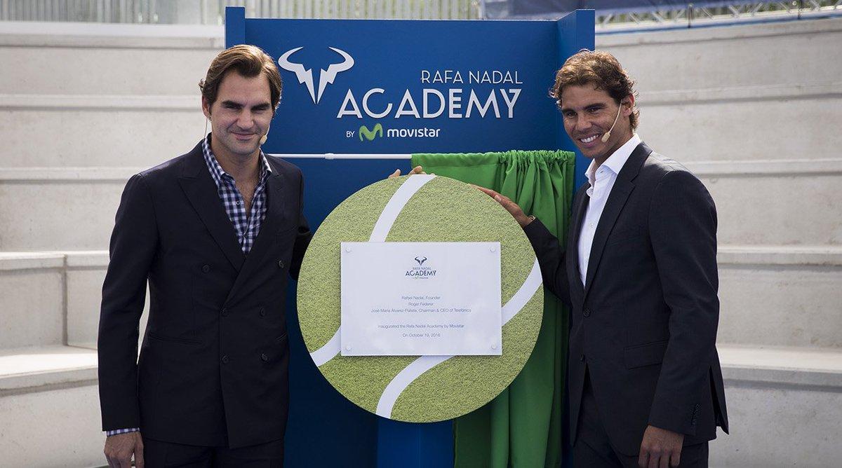 Slavností otevření si nenechal ujít ani Roger Federer