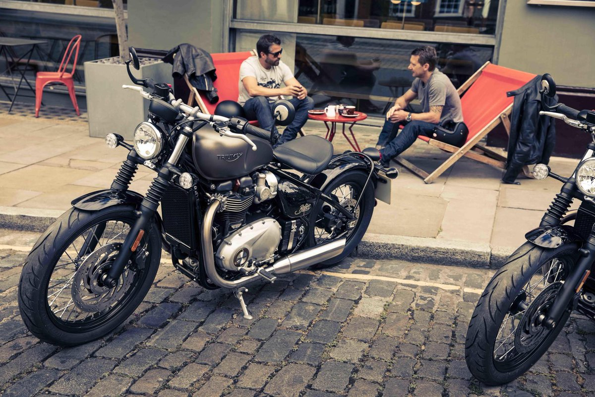 Triumph Motorcycles On Twitter Custom Style Iconic Silhouette With Signature Stripped Back Bobber Look Single Seat Flat Bars Hard Tail The Triumph Bonneville Bobber Https T Co Z53fwx1olu