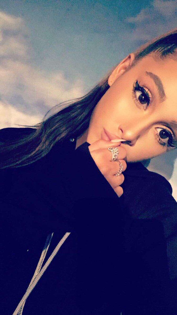 Snapchat Ariana Grande nudes (93 photos), Tits, Paparazzi, Boobs, panties 2017