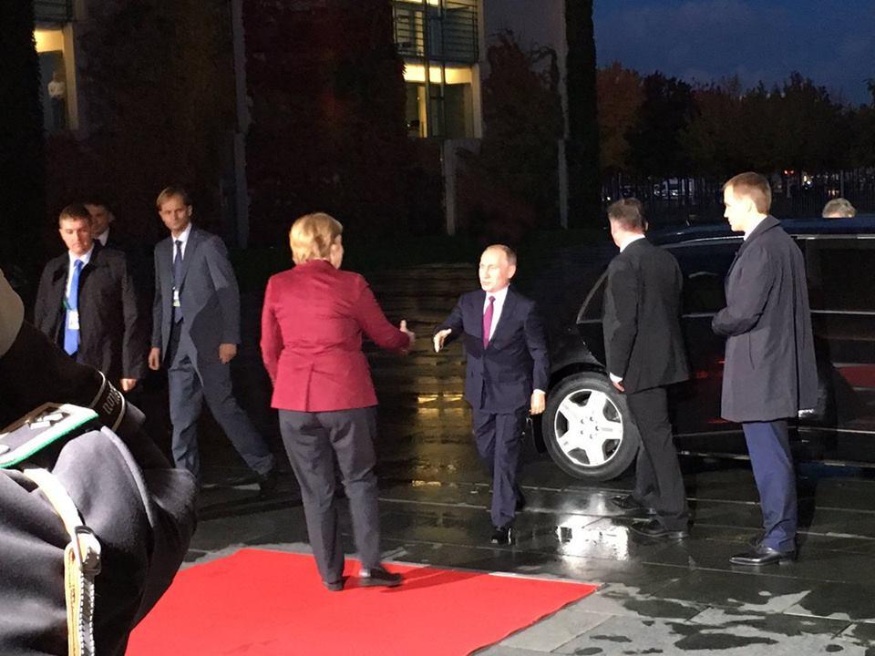 """Переговоры лидеров Германии, Франции и РФ по Сирии """"были жесткими и трудными"""", - Меркель - Цензор.НЕТ 7906"""