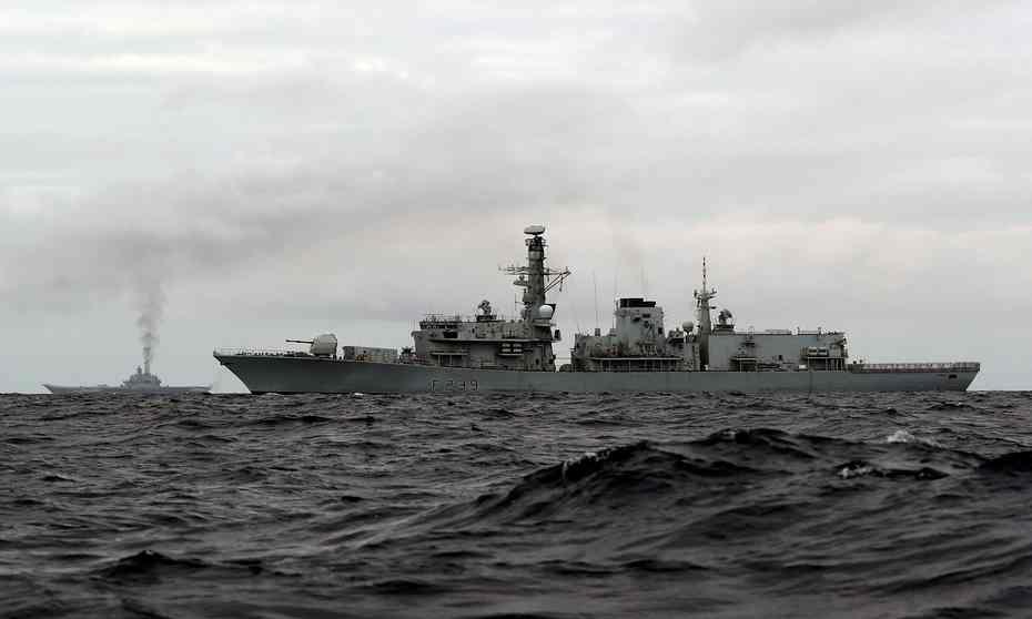 Russian Navy: Status & News #3 - Page 3 CvMqYF0WYAEsdk4