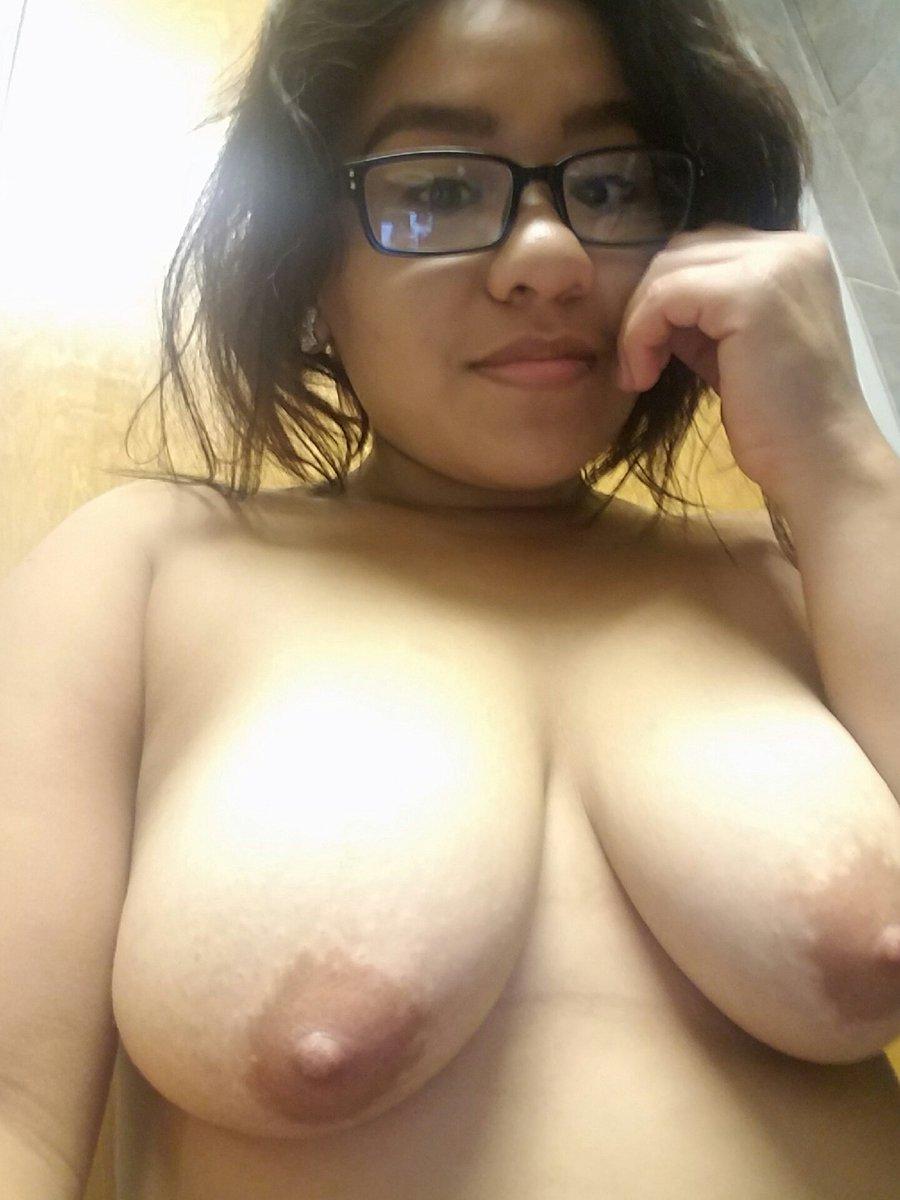 Nude Selfie 9038