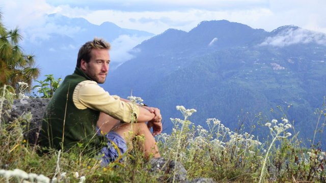 .@Benfogle is taking over #My5TV from 9pm and will be introducing his favourite #NewLivesInTheWild episodes.pic.twitter.com/8hkWXJA9p3