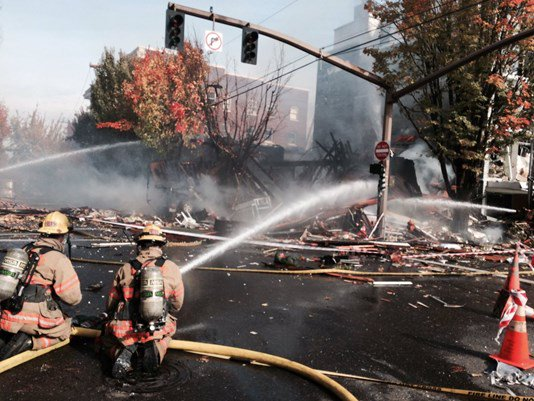 8 injured in Portland gas explosion, contractor who cut gas line still unnamed @KGWNews