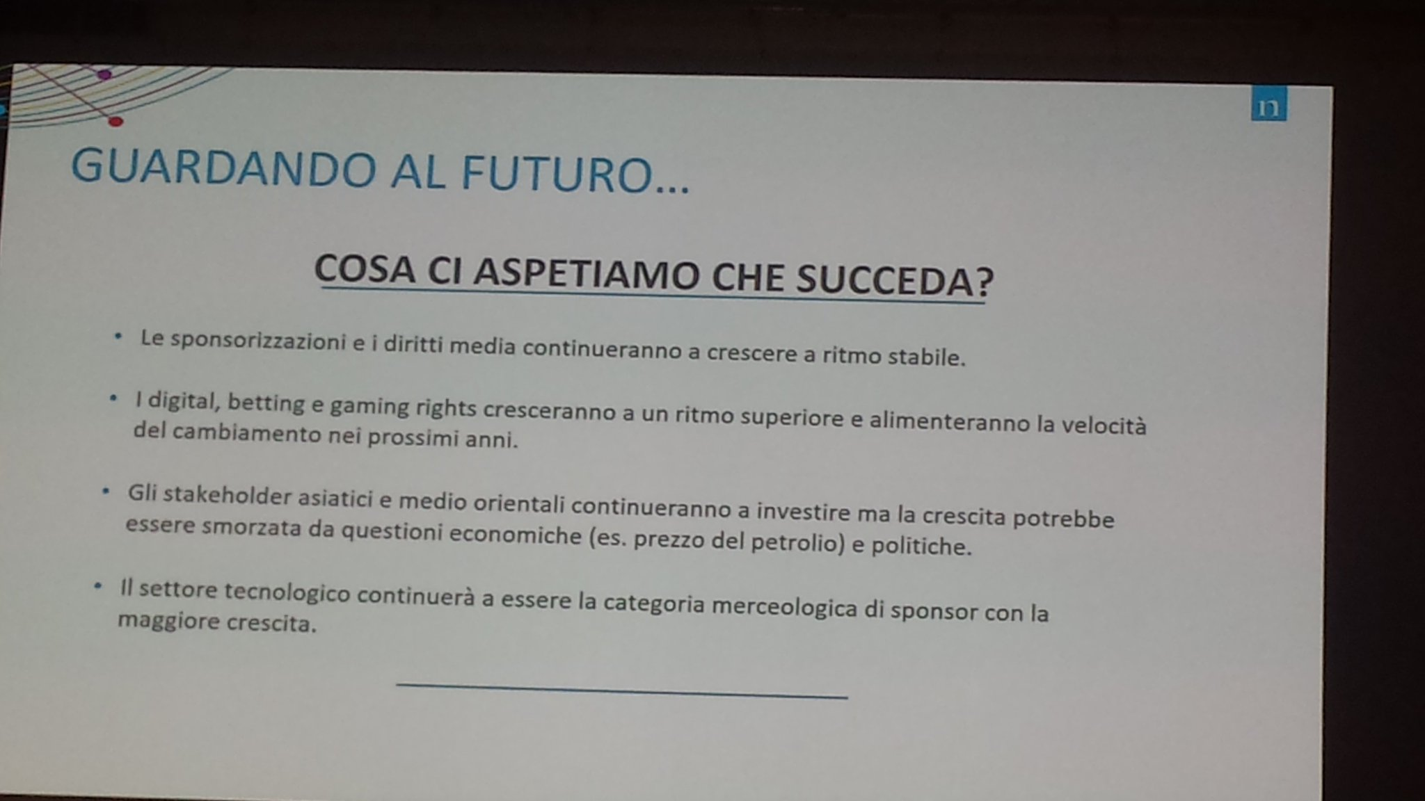Crescita del business sportivo trainata da #sponsorizzazioni, diritti media, digital, #betting e #gaming rights #forumsport #sportsbiz https://t.co/Tf1Vd1QJdi