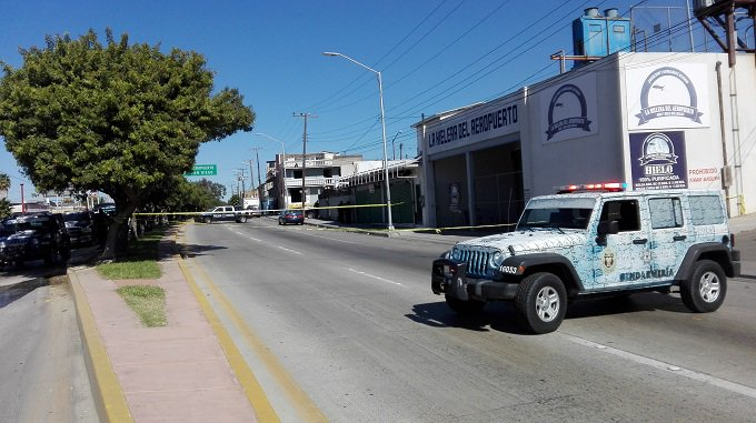Mexican agents discover drug tunnel near Tijuana airport