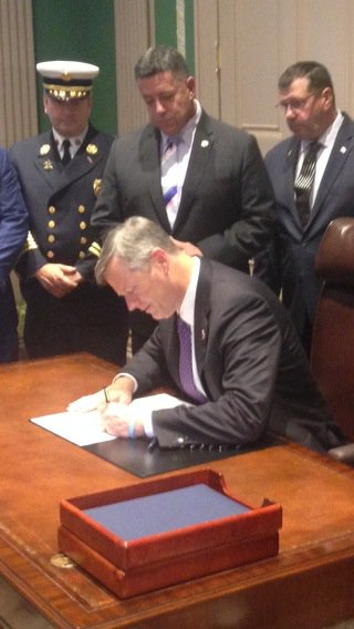 Gov Baker signs bill creating a commission to study welding woes that led to deadly back bay fire7news