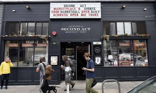 San Francisco's Booksmith to expand into new space.