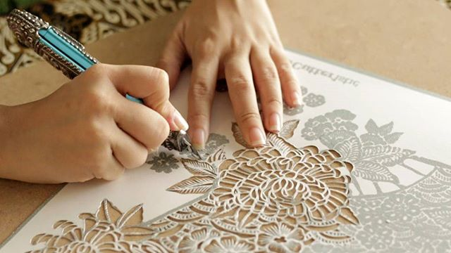 Resultado de imagen para paper cut batik