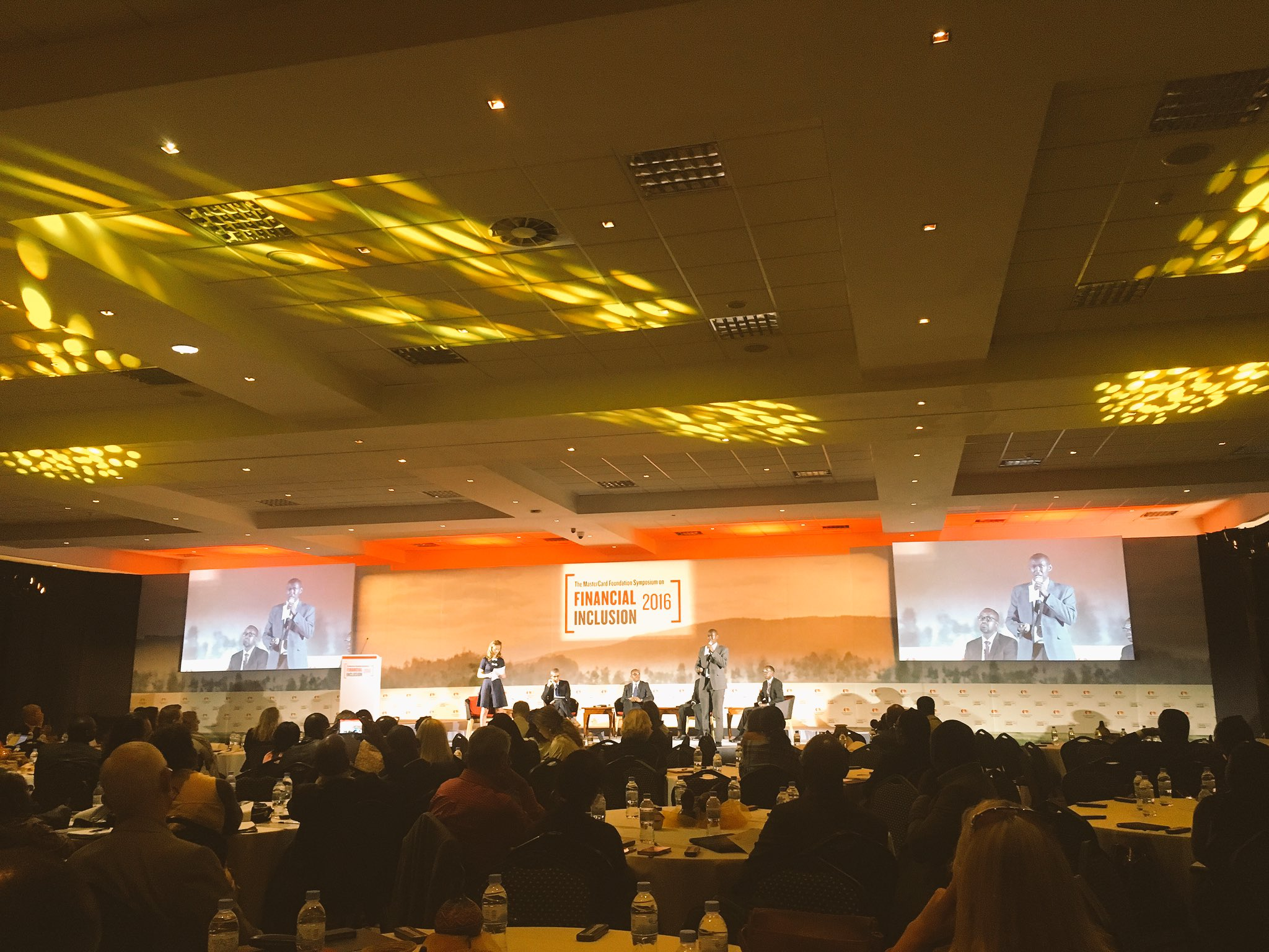 .@ivanmurenzi telling the @AfrRwanda story @MastercardFdn #sofi2016 @DFID_PSD @USAIDAfrica #saccos #finscope #DFS #informalpensions https://t.co/8NKKnfkesw