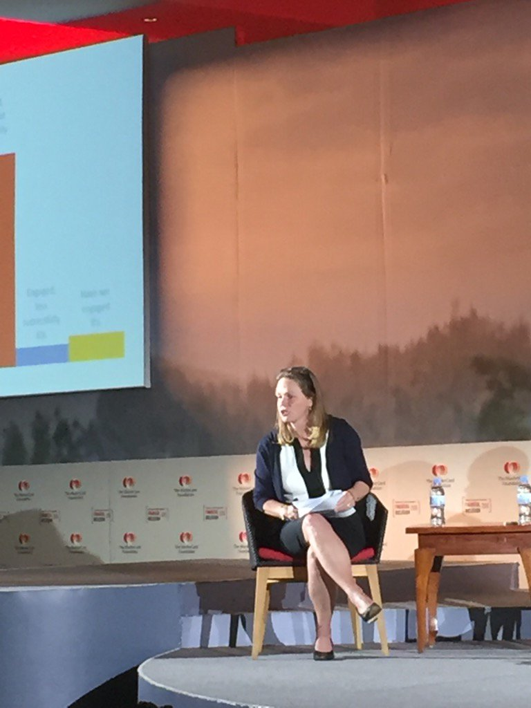 @LeesaShrader introduces panel on partnerships at #SoFI2016.  Partnerships are necessary to deliver value to clients! https://t.co/YM5O0GGNsP
