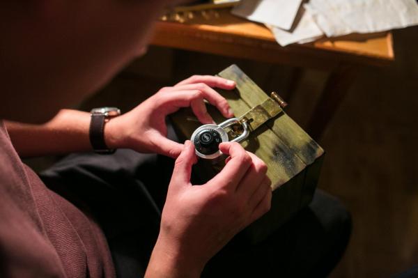 Rozpoczęło się intensywne dochodzenie, którego nie powstydziłby się sam Sherlock Holmes. http://www.eratuszgdynia.pl/news/4837 #AferaKryminalna