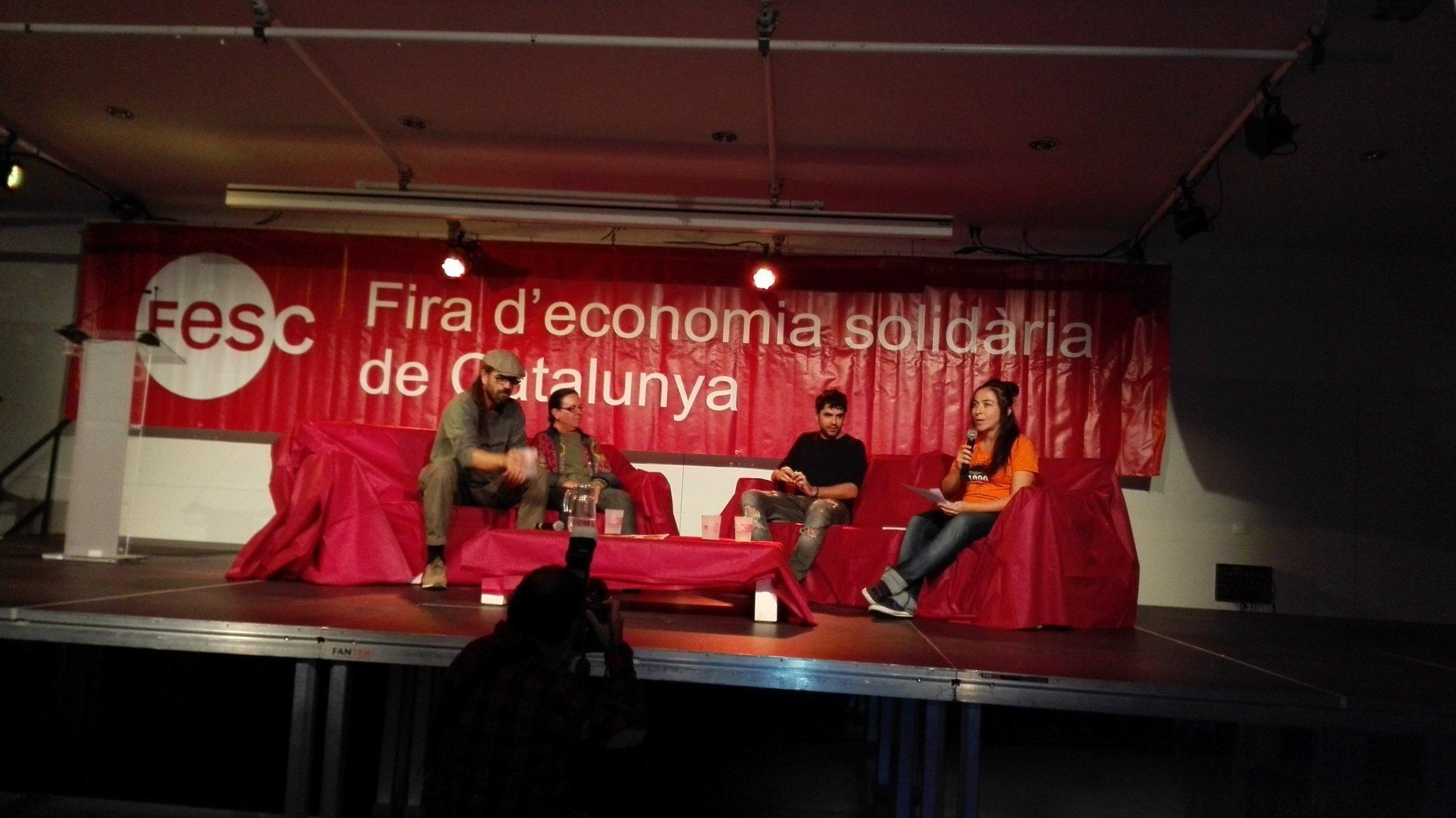 La Fira s' ha inaugurat #FESC2016 ara parlant @AlguerMiquel https://t.co/BEsFU250jb