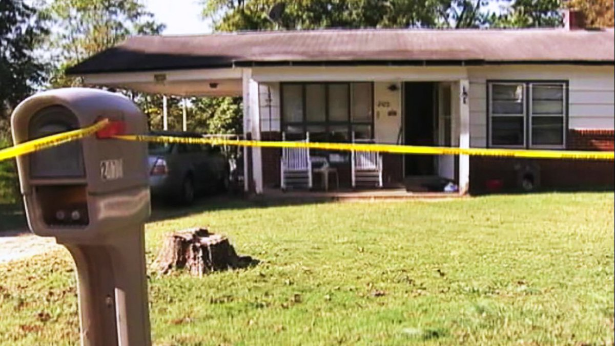 JUST IN: Elderly cousins found dead in Lenoir was apparent murder-suicide, police say