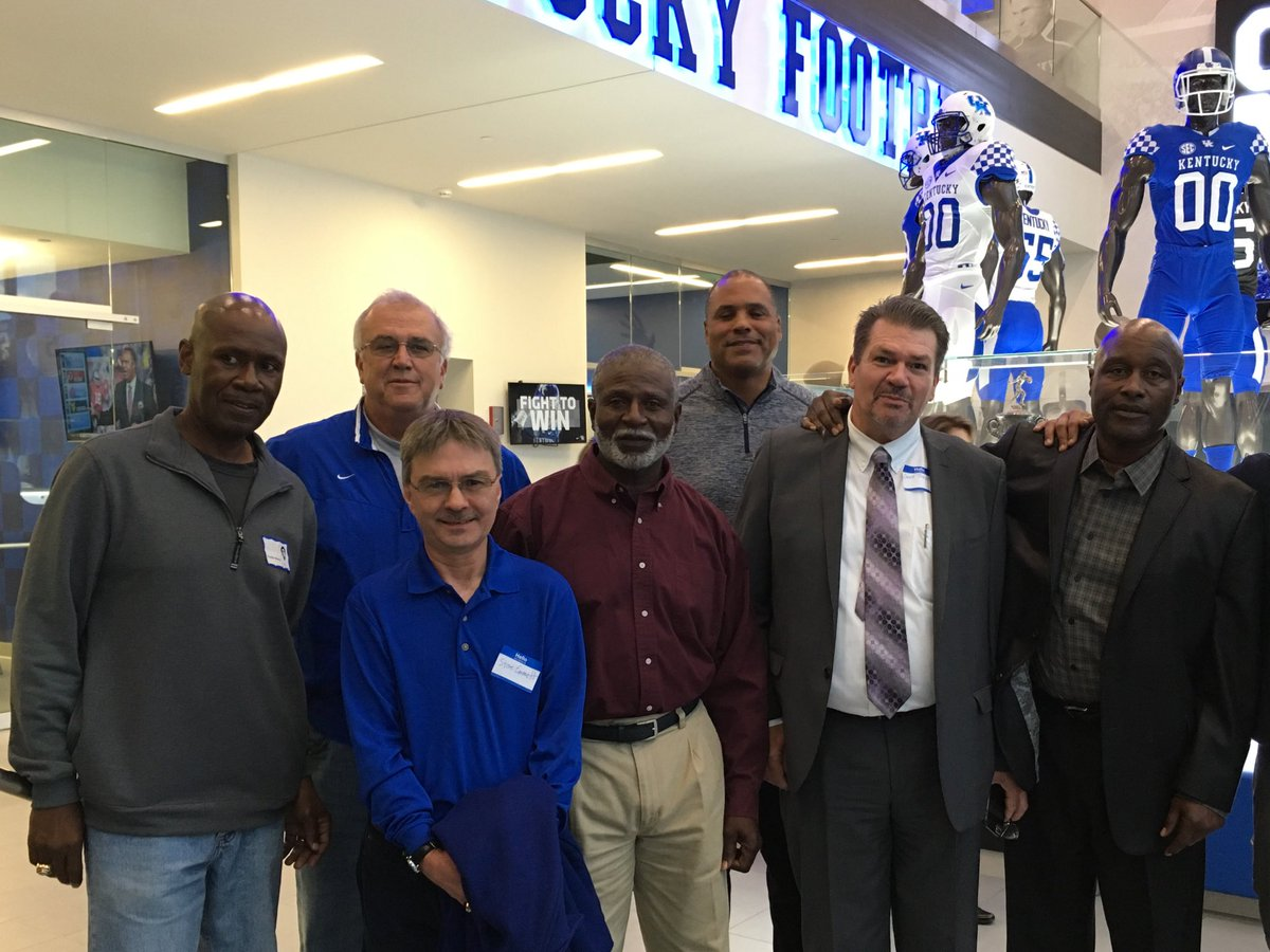 Members of the '76 team toured the new Joe Craft Football Training Facility last night. They tried to convince Art Still to dress for today's game but failed (@UKStoopsTroops).