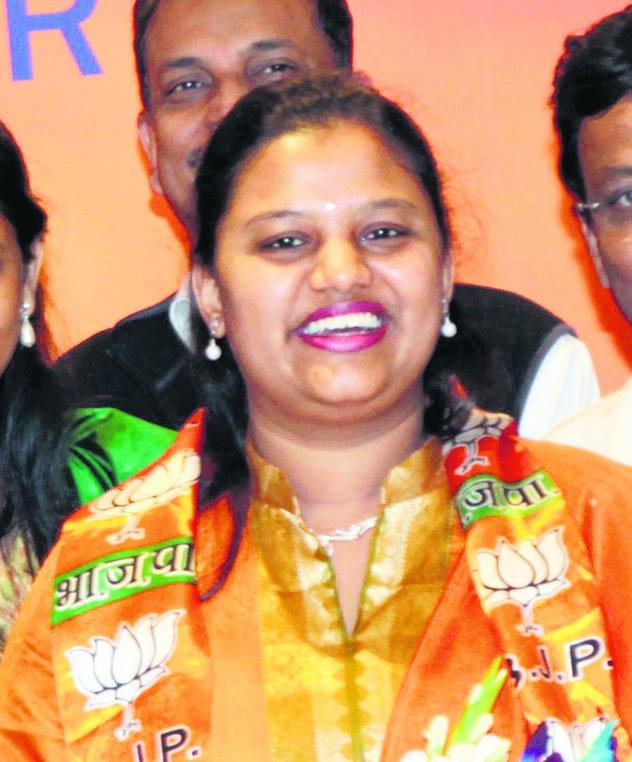 Maharashtra's Doctor Mp Heena Gavit Skipped Rural Stint